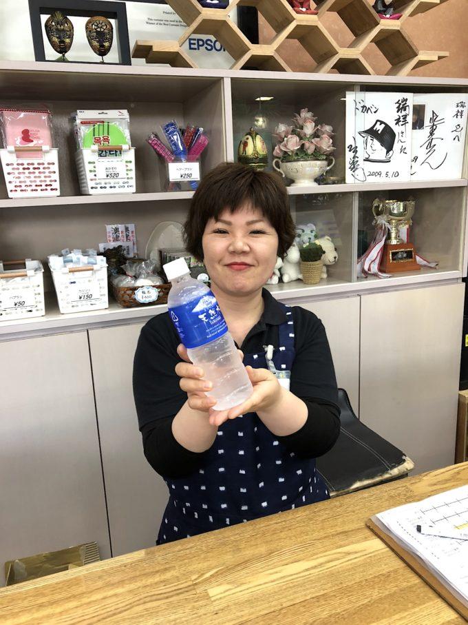 長野マラソンを走ったランナーさんにお水プレゼントしてました