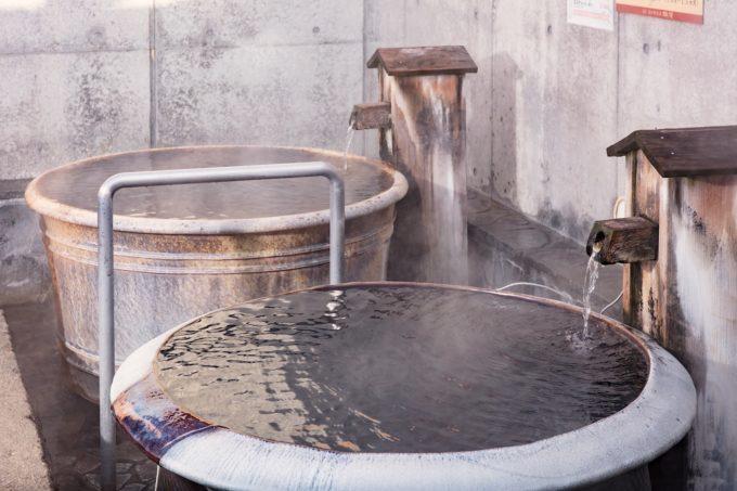 露天の壺湯